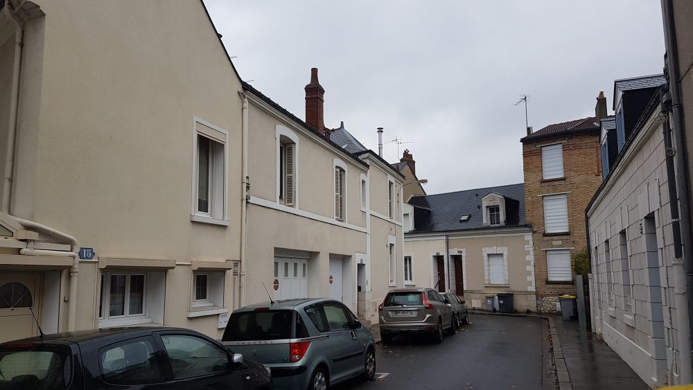 TYPE 2 TOURS CENTRE A LOUER 415€ / MOIS RENSEIGNEMENT GAUTARD IMMOBILIER TOURS