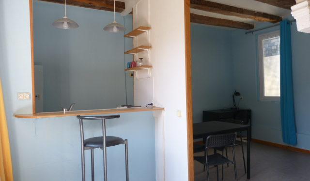 A louer studio meublé quartier des halles tours centre