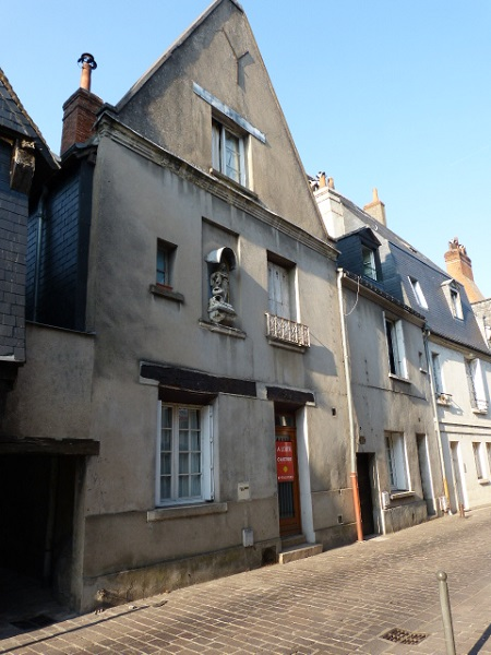 BEL ANCIEN TYPE 2 QUARTIER BLANQUI A TOURS