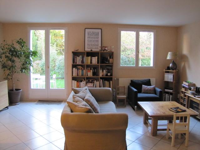 a vendre maison r cente avec terasse vieux st pierre des corps. Black Bedroom Furniture Sets. Home Design Ideas