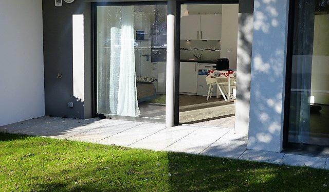 Appartement Type 2 meublé avec garage et parking Tours Nord par Gautard Immobilier jardin