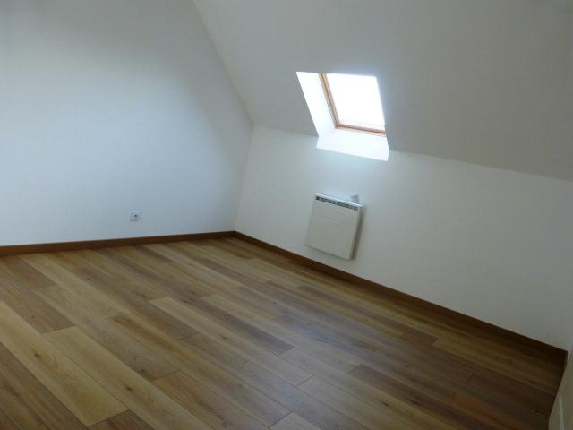 A louer maison t5 Montlouis sur Loire par Gautard Immobilier chambre