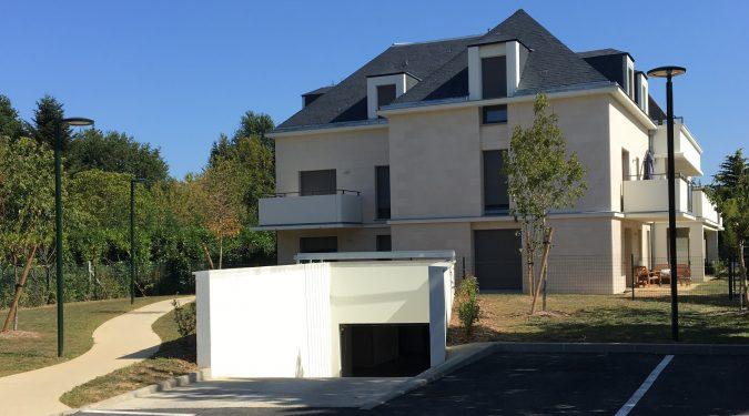A louer appartement type 2 Saint Cyr sur Loire par Gautard immobilier immeuble