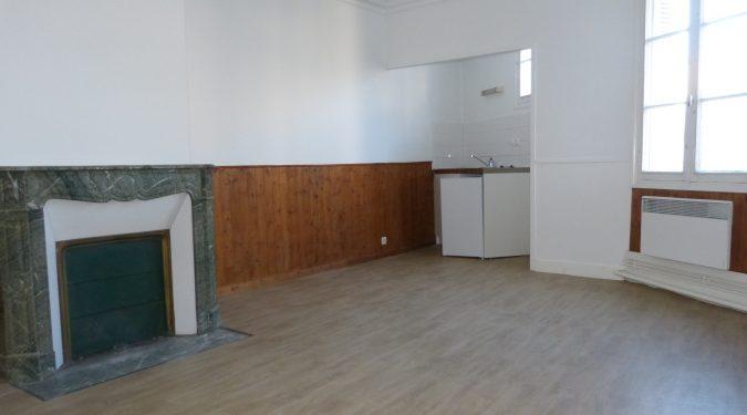 Studio centre Montlouis sur loire à louer par Gautard Immobilier