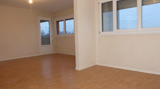 A louer appartement type 4 Tours Gare par Gautard immobilier séjour