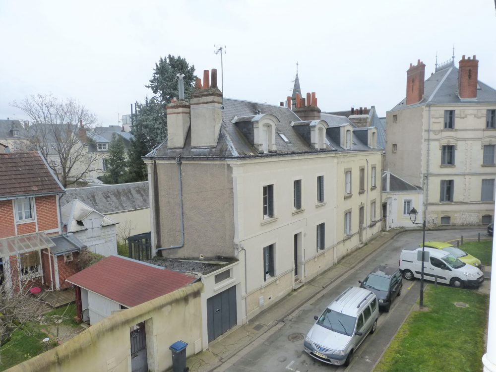 A louer box Tours centre quartier Lamartine par Gautard immobilier