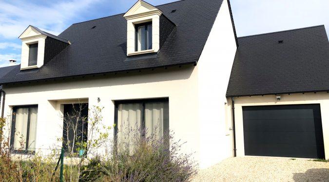 A louer maison type 5 Esvres sur Indre par Gautard Immobilier façade