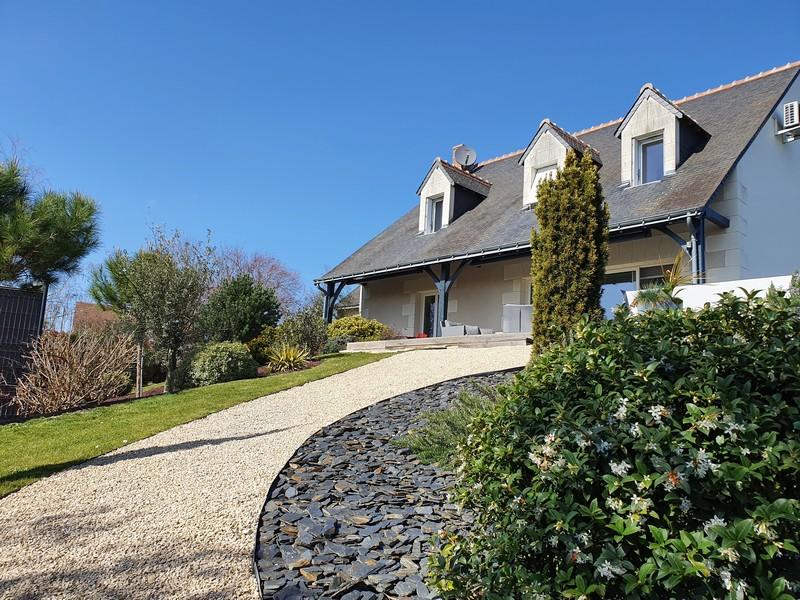 A vendre maison Azay le Rideau par Gautard Immobilier vue extérieure