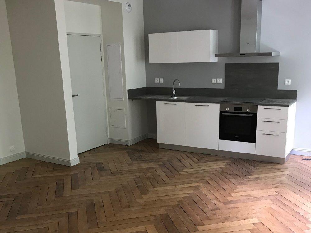 A louer appartement type 3 hyper centre de Tours par Gautard Immobilier pièce de vie