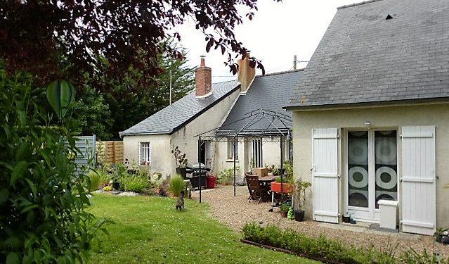 A louer maison type 3 proche du bourg de Savonnières par Gautard Immobilier extérieur