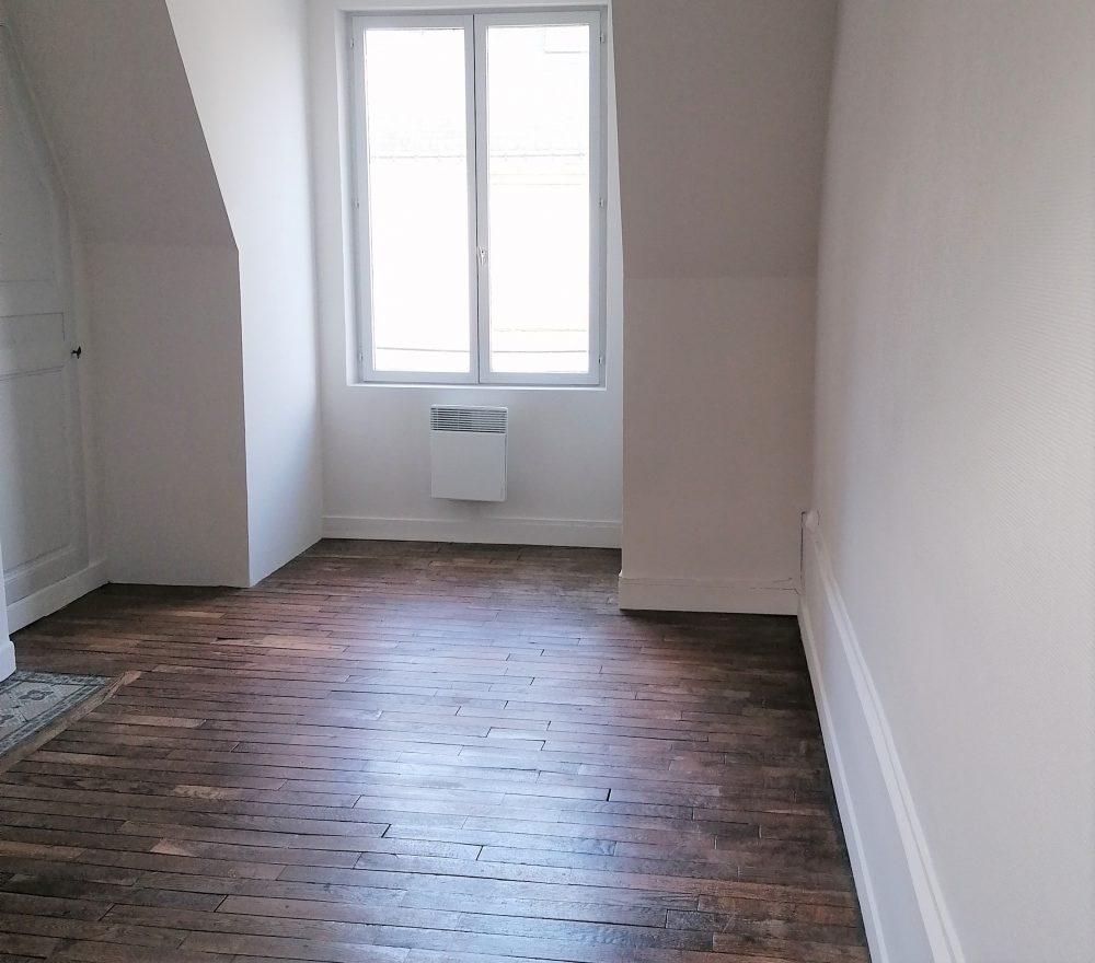 A louer appartement type 2 Tours Quartier Cathédrale par Gautard Immobilier séjour