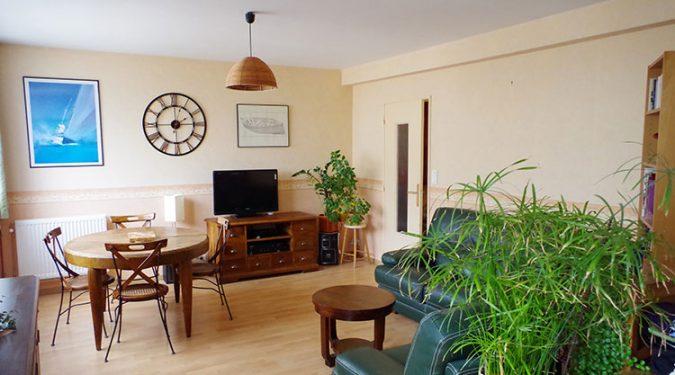 A vendre T5 avec cave et garage Joué les Tours par Gautard Immobilier salon-séjour 2