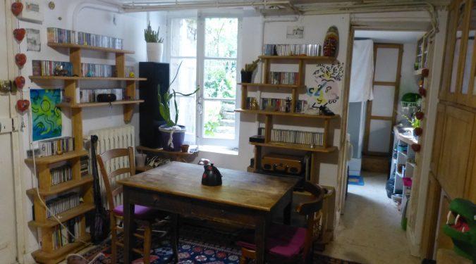 A louer studio Tours centre proche cathédrale par Gautard Immobilier pièce de vie