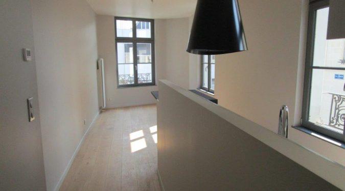 A louer type 2 en duplex Tours centre quartier des Halles par Gautard Immobilier séjour