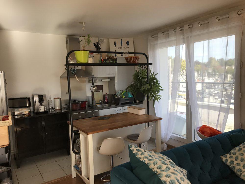 A louer appartement type 3 avec terrasses Tours Nord par Tours'N Gestion cuisine ouverte